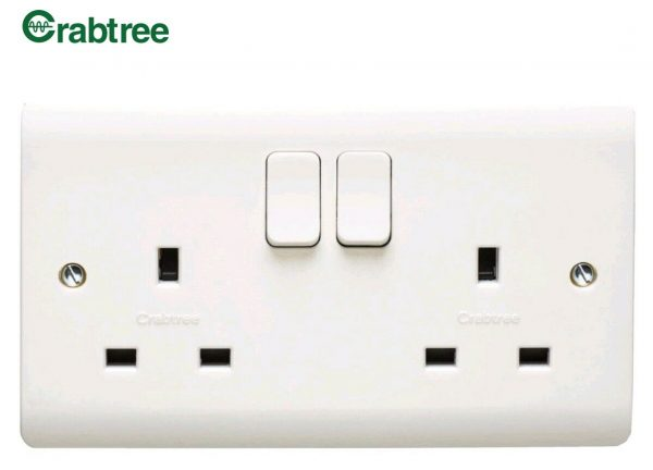 Crabtree Instinct 13A 2-Gang DP Switched Socket